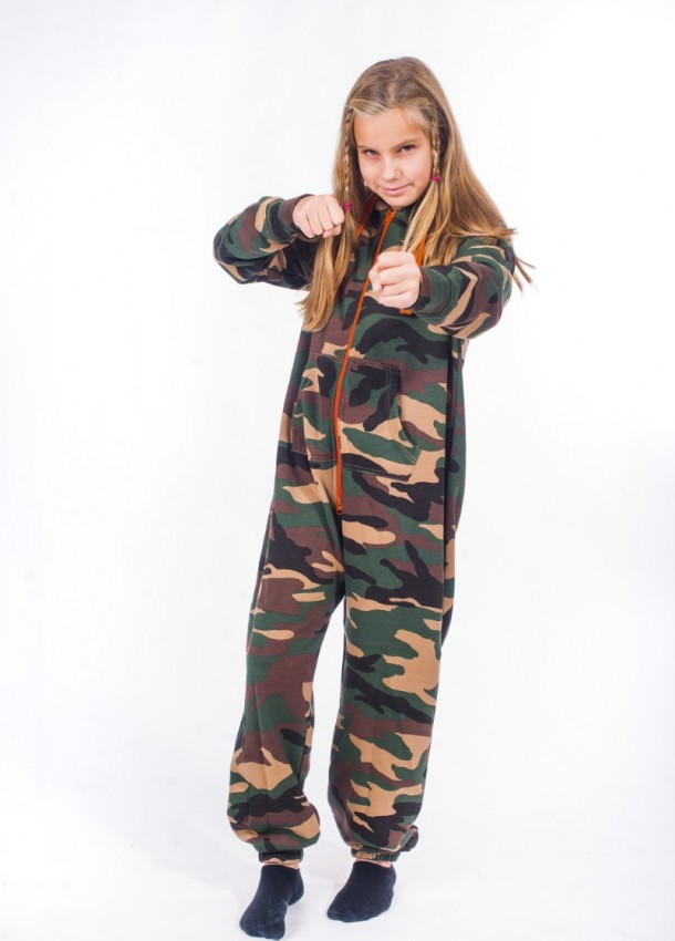 Kareiviški kombinezonai vaikams